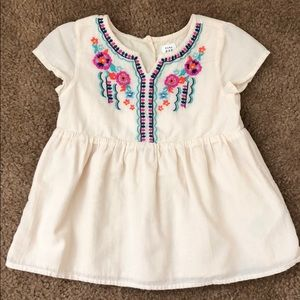 Baby Gap Embroidered Top (3 year)